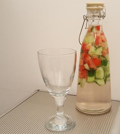 Photo of Waarvoor is komkommerwater goed?